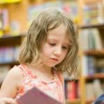Bibliothèque avec les enfants