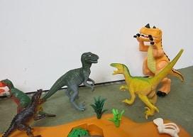 Bataille de dinosaures