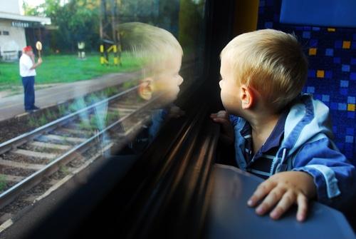 jeu pour enfant dans un train
