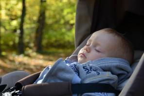 b67725b728a6 A partir de quel âge peut-on utiliser un porte-bébé