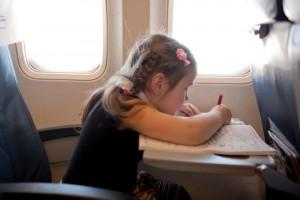 Occuper enfant avion