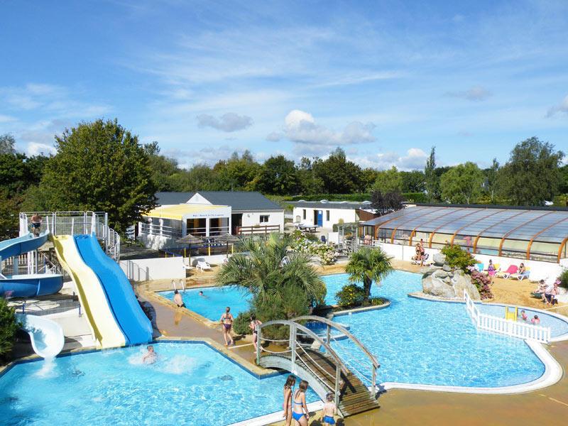 Camping haut de gamme pour d couvrir fouesnant en famille for Camping en bretagne avec piscine