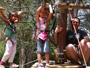 parcours accrobranche tyroliane en famille