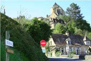 Château fort et village de Castelnaud retaillé