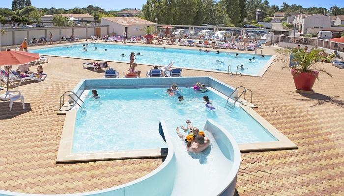 Profitez de la vend e en camping la tranche sur mer for Camping a la tranche sur mer avec piscine couverte