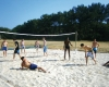 camping Les Pirons beach-volley