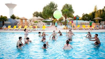 piscine (camping le vieux port) retaillé