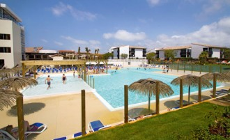 piscine 4 club tuquets