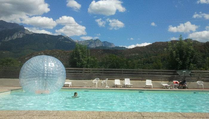 Des vacances quelques pas du lac d 39 annecy en famille for Piscine du lac