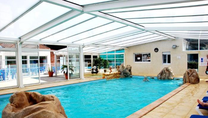 Profitez du camping en famille bretignolles sur mer for Centre de vacances avec piscine couverte
