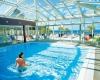 vacances en famille piscine couverte