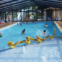 piscine-interieure-camping-le-ragis-700-400