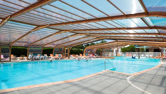 Yelloh village la pomme de pin saint hilaire de for Centre de vacances avec piscine couverte