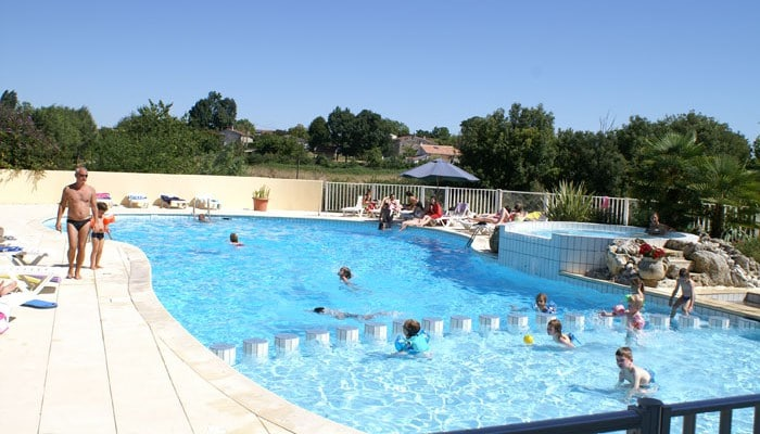 Village vacances et h tel les ch nes verts saint for Village vacances normandie piscine couverte