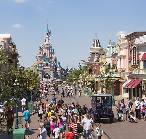 top 11 des attractions disneyland paris avec des enfants de 4 8 ans. Black Bedroom Furniture Sets. Home Design Ideas