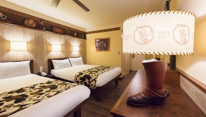 le disney 39 s hotel cheyenne en famille. Black Bedroom Furniture Sets. Home Design Ideas